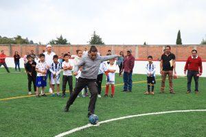 Inauguran cancha de futbol 7 en el Barrio de San Miguel.
